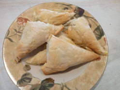 Greek Spinach,  Cheese and Feta Triangles (Spanakopittakia)