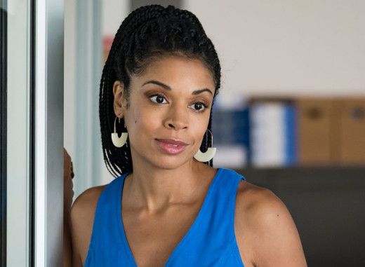 Beth Pearson, portrayed bu Susan Kelechi Watson (This Is Us)