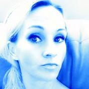 julia6882 profile image