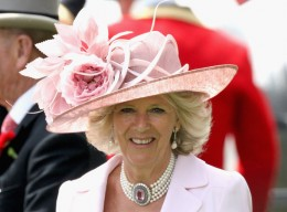 HRH Camilla, Duchess of Cornwall smiles in the parade ring in a horse drawn carriage on the second day of Royal Ascot 2009 at Ascot Racecourse on June 17, 2009 in Ascot, England. (June 17, 2009 - Photo by Chris Jackson/Getty Images Europe)