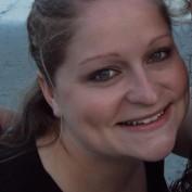 Gretchel85 profile image