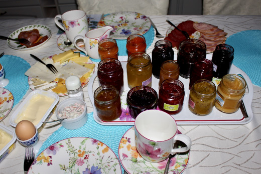 Absolutely delicious homemade preserves my friends made with fruit gathered from the forest surrounding Annaberg-Bucholz