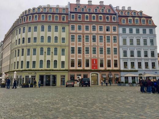 Neumarkt Square