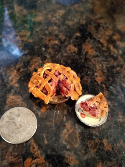 An Illustrated Guide to Miniature Cherry Pie