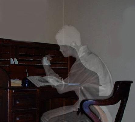 (c) http://i53.photobucket.com/albums/g42/wanderingliar/ghostwriter.jpg