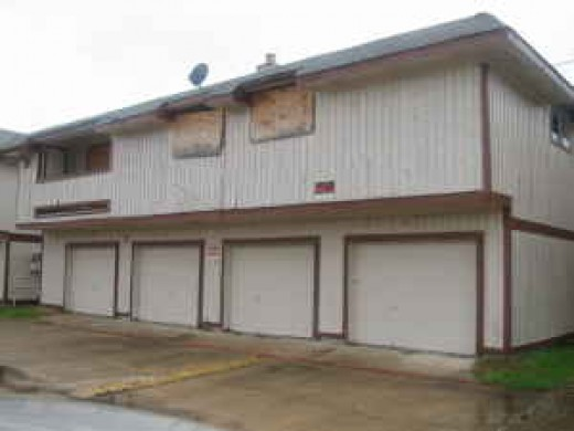 Houston 4plex, ARV $240K, $65K in repairs and picking up for $70k or less! That's around $100K in potential profit!