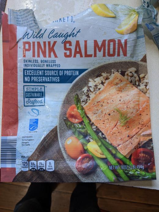 Frozen salmon pieces