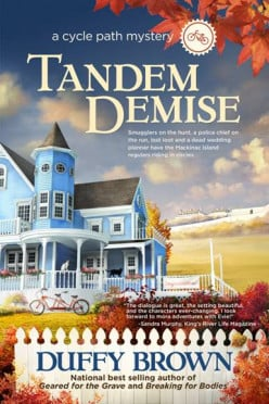Book Review: Tandem Demise by Duffy Brown
