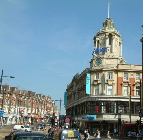 Clapham Junction - The former Arding & Hobbs Department Store (rebranded in 2004 as Allders, a firm which has since gone into administration, making it likely that a further renaming will soon occur), showing the landmark cupola