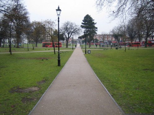 Ealing: Haven Green, W5. Viewed looking north eastwards from the south west corner of the square.