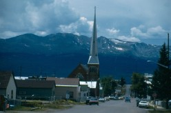 Colorado's second tallest mountain, Mount Massive (14,421') from Leadville, which is accessed by a number of passes.