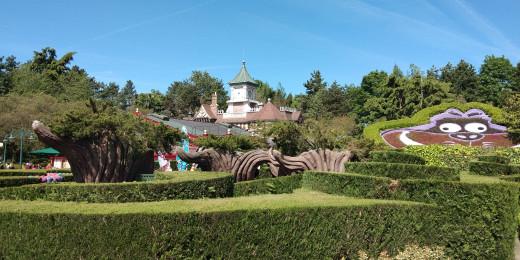 Somewhere in Disneyland, Paris