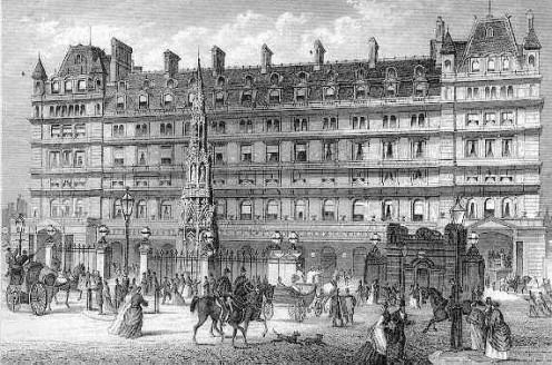 The front entrance to en:Charing Cross railway station in a 19th century print.