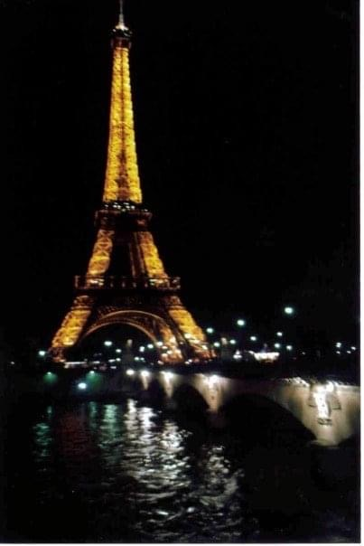 Eiffel Tower at night (not sparkling)