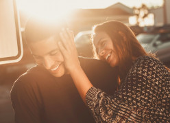 How to Stop Feeling Insecure and Worrying in a Relationship? (Especially for Introverts)