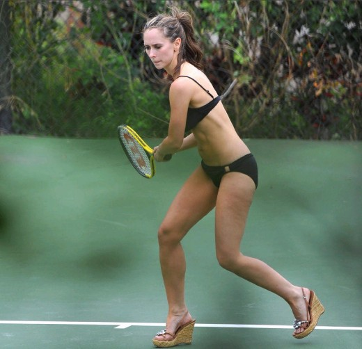 Jennifer Love Hewitt playing tennis