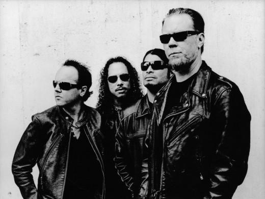 Current band: Lars Ulrich, Kirk Hemmett, Robert Trujillo, James Hetfield