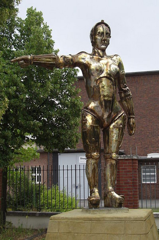 """Maria from German expressionist 1927 sci-fi film """"Metropolis,"""" directed by Fritz Lang. Statue in Babelsberg, Germany"""