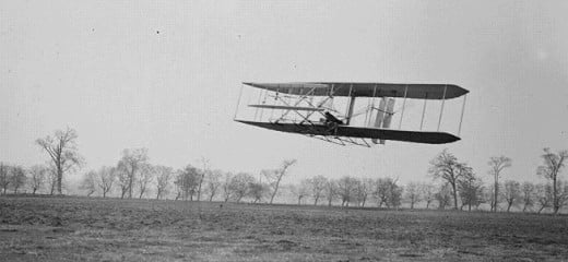 Orville in flight over Huffman Prairie in Wright Flyer II. Flight #85, approximately 1,760 feet (536 m) in 40   1⁄5 seconds, November 16, 1904.
