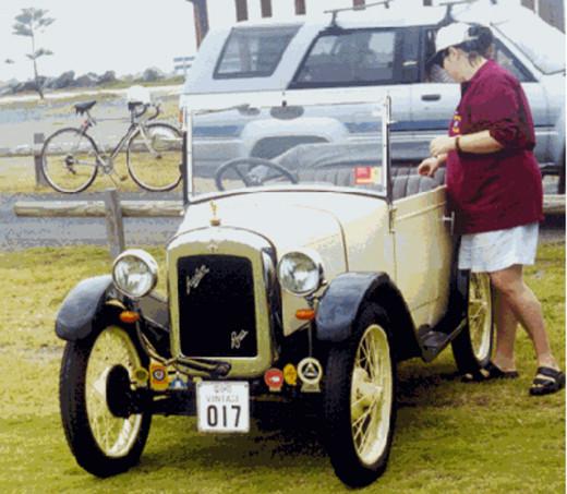 Chummy Entrant number 11 Driver – Peter Longden                  Navigator Tanya Longden Owners – Trevor & Bev McCulloch
