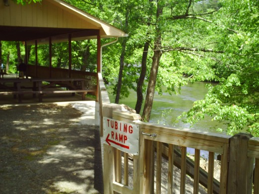 Nice picnic area under a pavillion right on the Toccoa River