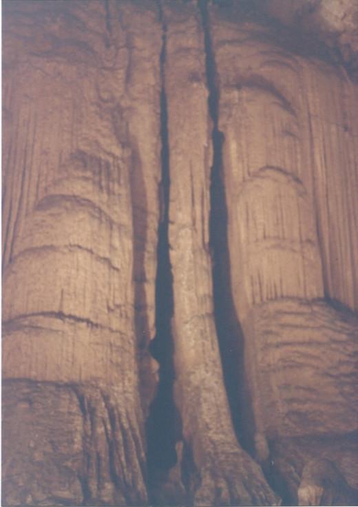 A double column, Luray Caverns, VA