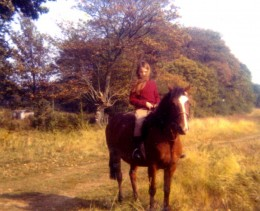 Ingrid riding Tuppence outside our old house at South Wonston.