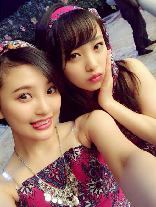 Mion Mukaichi (right) is pictured here with Haruka Kodama (left).