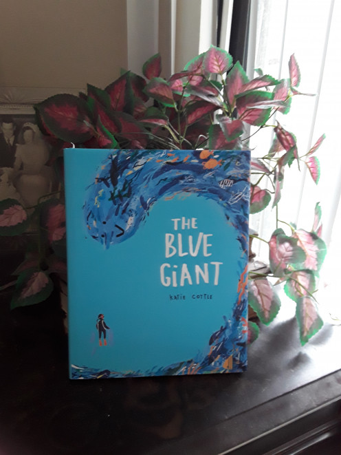 Creative picture book with a message from the ocean