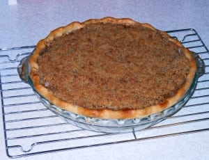 Pie with streusel (crumb) topping