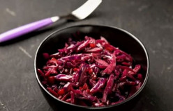 Hood Cabbage With Apples and Currant, Excellent for Diet
