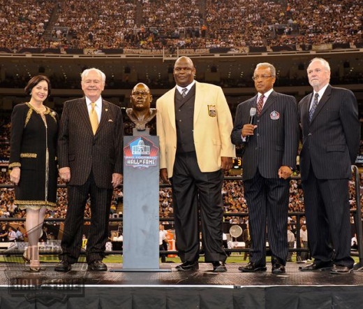 Rickey Jackson Pictured with his Hall of Fame bust in 2010.