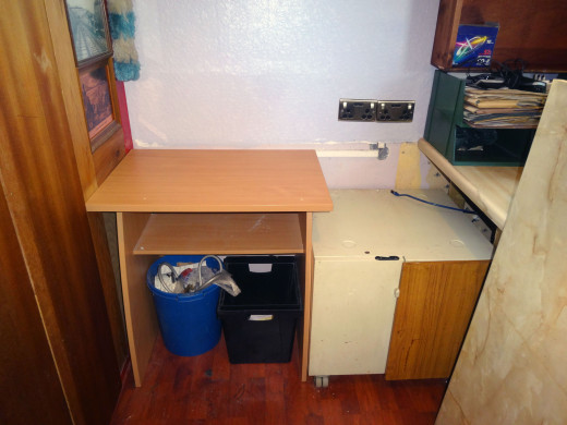 With desktop removed; the Ikea unit can now be lifted out.
