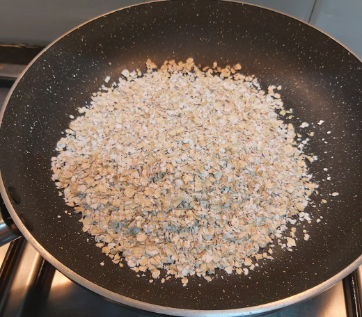 In a pan take 3/4 cup of oats (i used quaker oats).