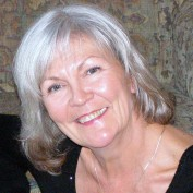 Carmen Borthwick profile image
