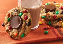 Peanut Butter cookies with Resses and M&M'S