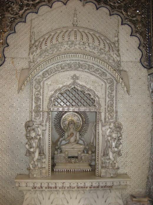 Ganadhar Gautam Swami: Principle disciple of Lord Mahavira