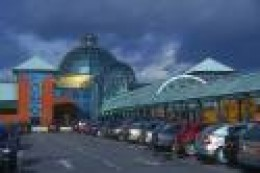shopping malls are the number one investment real estate chosen by investors
