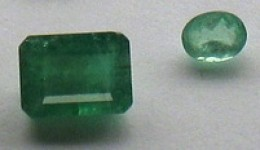 Emerald stones ready to be set in a ring