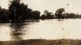 http://extras.newsandsentinel.com/images/1937_1_19floodSENT-01.jpg