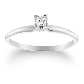 Standard solitaire engagement ring