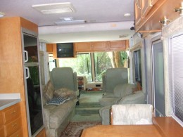 Captain Chairs and Living area.