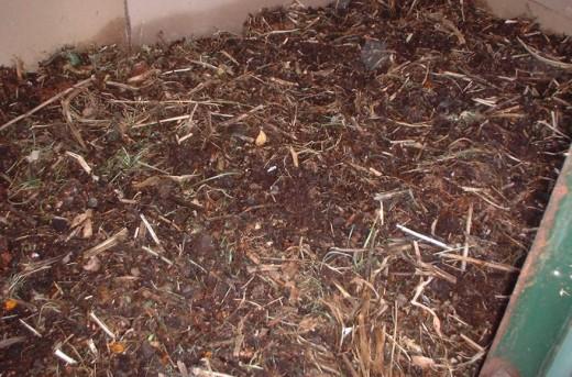 Metallic Worm Compost Bins
