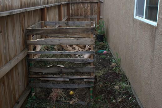 Outdoor Worm Composting Bins