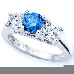 Beautiful blue diamond ladies ring for freshness and comfort