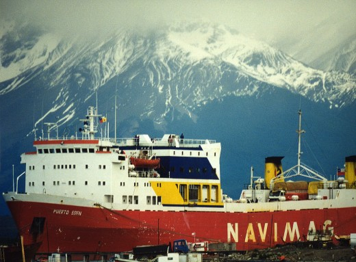 A fascinating tourist sightseeing in Chile: the fjords with Navimag