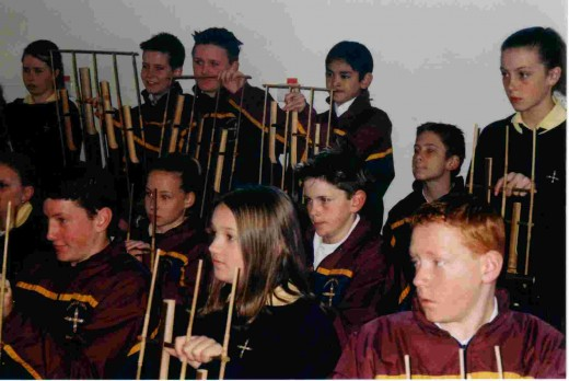 Australian children learn to play Angklung