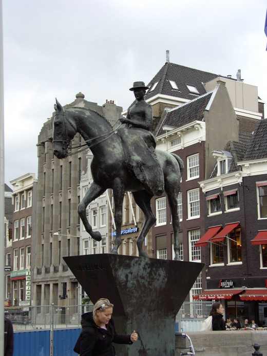 A Lady and her Horse in Amsterdam