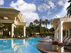 Four Seasons - one of the nicer hotels in Las Vegas, which is evident from the well manicured pool area.