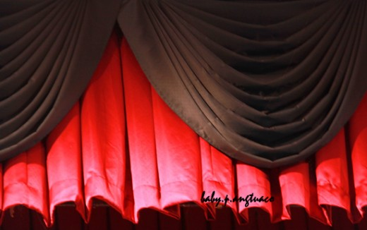 patterns in curtain